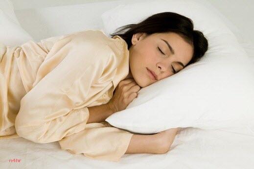 صور صور فتاة جميلة نائمة