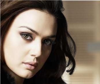 صور صور الممثلة الهندية بريتى زينتا