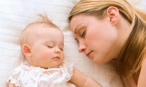 صور قلة البكاء وكثرة النوم حديثي الولادة