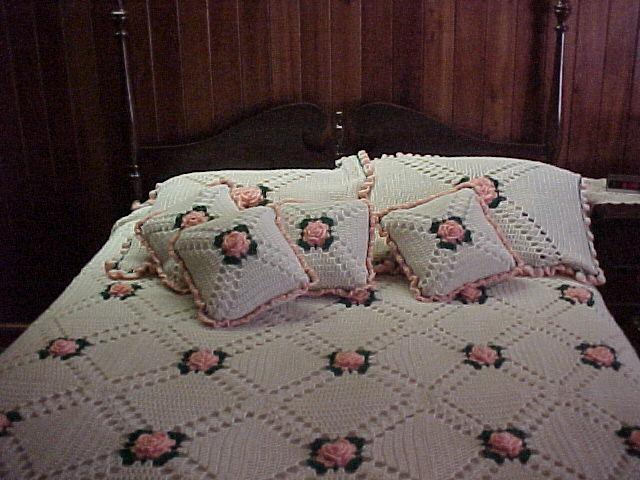 صور مفارش سرير كروشيه انيقة