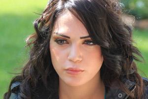 صور صور الممثلة لينا حوارني وبنتها مايا