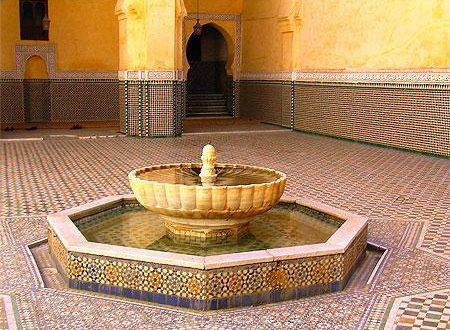 صور نافورات منزلية مغربية داخل الصالة نوافير ماء جميلة