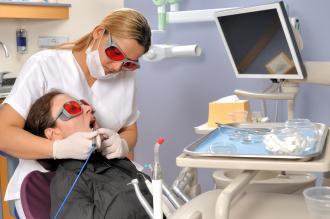 بالصور تظبيط الاسنان بدون تقويم 20160908 2990
