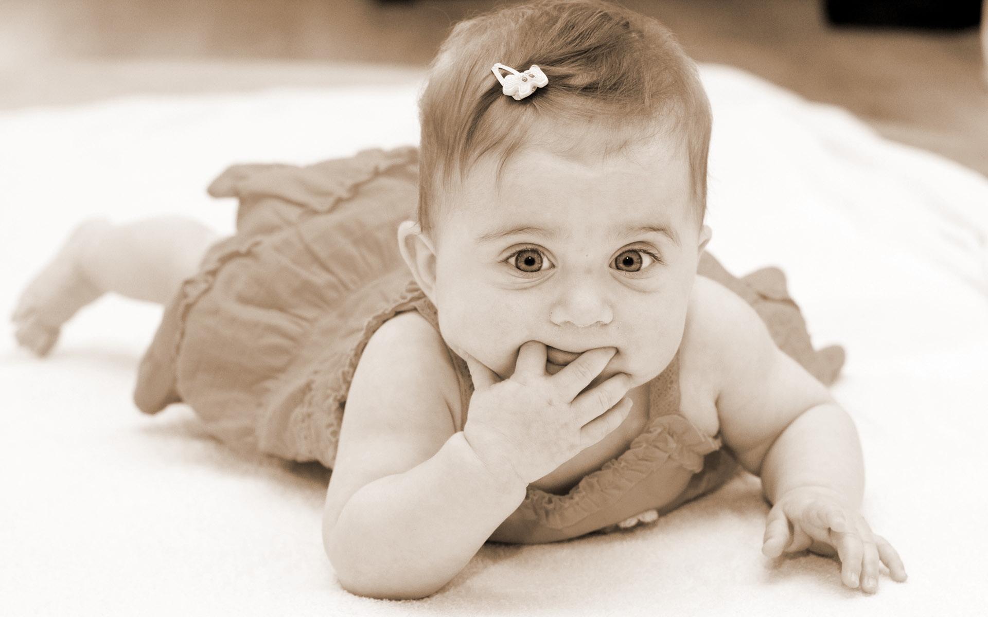 بالصور خلفيات اطفال ابيض واسود 20160908 3378