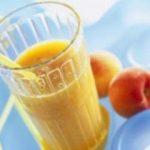 عصير الخوخ بالبرتقال