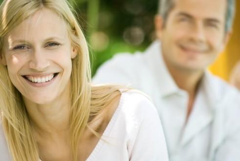 صور حكم الزواج بالاكبر سنا