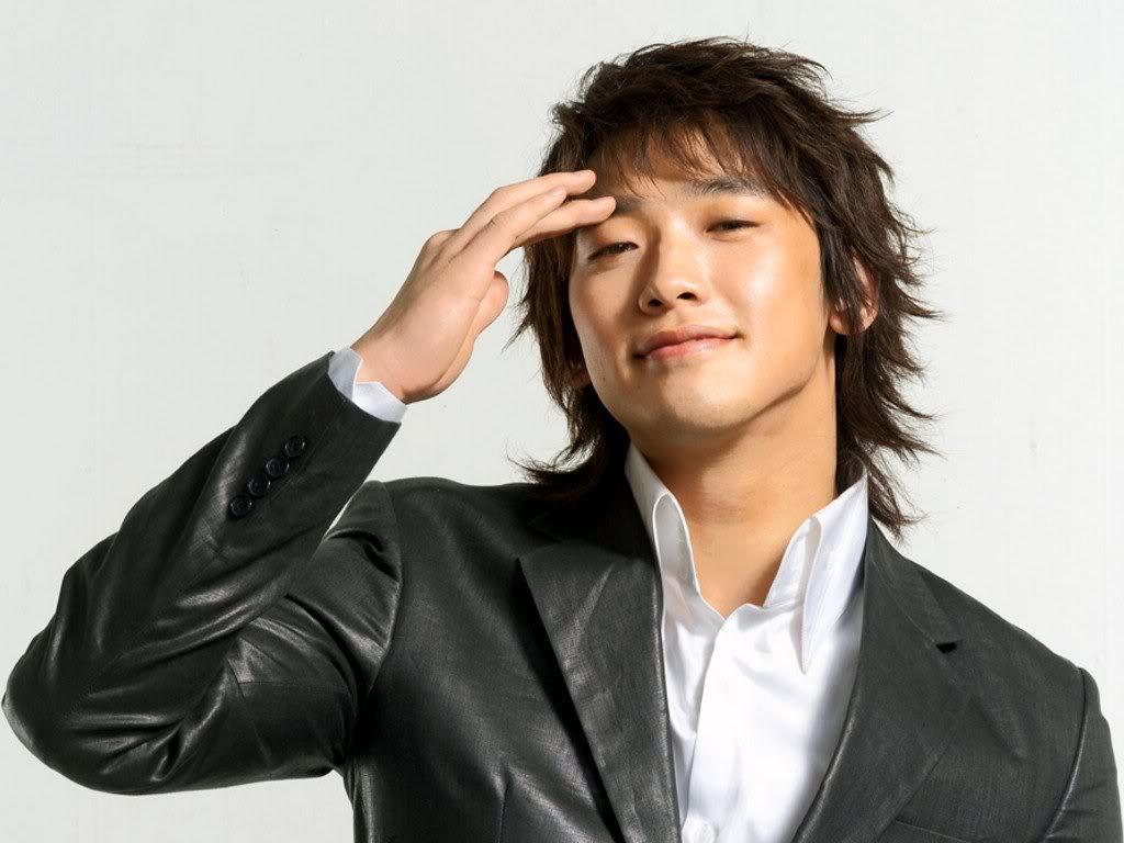 صورة تقرير عن الممثل الكوري bi rain