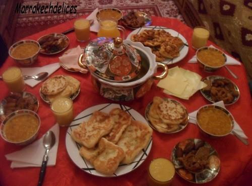 صور فطور رمضاني خليجي