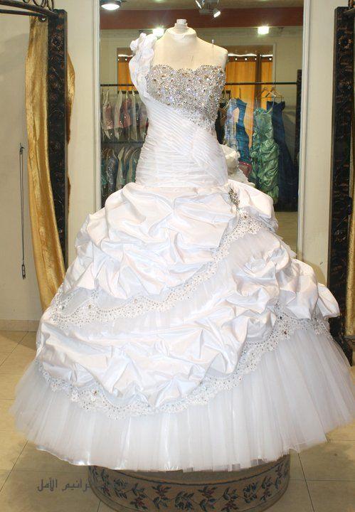 صور اجمل فساتين الزفاف المصرية