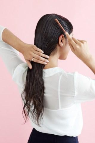 بالصور كيفية عمل تسريحة الشعر المبلل 20160911 618