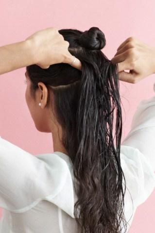 بالصور كيفية عمل تسريحة الشعر المبلل 20160911 627