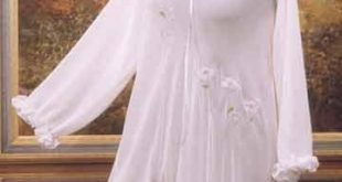 صور قمصان نوم بيضاء