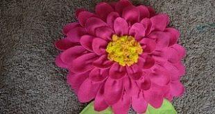 كيفية صنع مخدة على شكل وردة