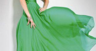 موديلات فساتين خضراء