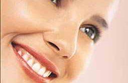 صورة سبب انتفاخ الوجه