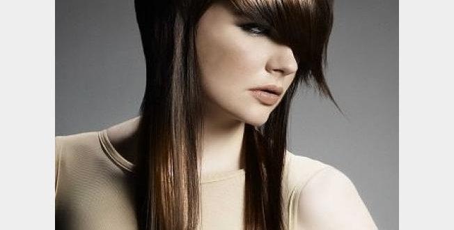 صور قصات الشعر المدرج المتوسط