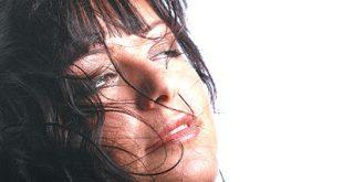 صور اسباب القشرة الشعر