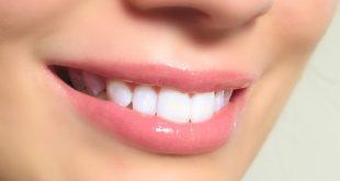 صور وصفة تبييض الاسنان بالسواك و الليمون الحامض فعالة