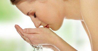 صور تجنبي تلك الاخطاء عند غسل بشرتك