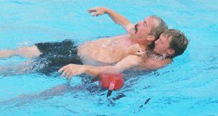 صور شهادة انقاذ الغرقى