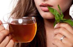 بالصور هل كثرة شرب الشاي يحدث بقع بنية في وجه 20160918 332 1 259x165
