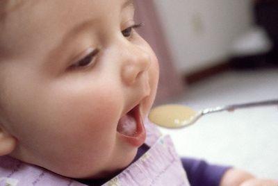 بالصور الطفل في الشهر الرابع بعد الولادة 20160918 3358 1
