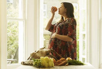 صور متى يبدا الوحام للحامل