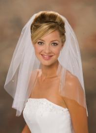 صور فساتين زفاف مفرغة