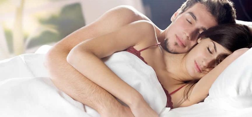صورة اسباب النوم بعد العلاقه الحميمه