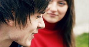 صور التحدث مع شاب بغرض الزواج