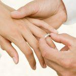 حكم لبس خاتم الزواج
