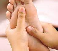 صور تقشر في اصابع الرجل الطفل