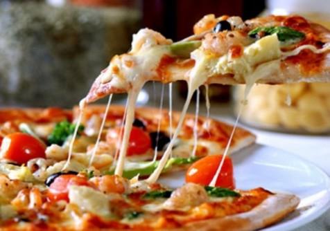 صورة طريقة عمل عجينة البيتزا الايطالية