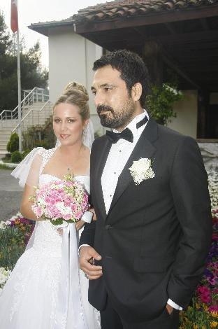 بالصور ازواج الممثلين التركين الحقيقين 2101 4