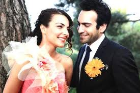 بالصور ازواج الممثلين التركين الحقيقين 2101 9