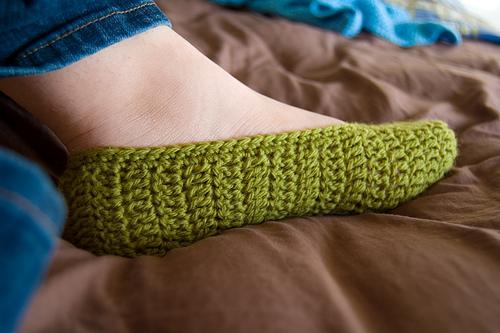 بالصور طريقة عمل حذاء بالكروشيه unnamed file 250